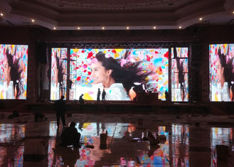110 - 220V P4 Indoor LED Displays With High Refresh Rate 62500 Dots / Sqm
